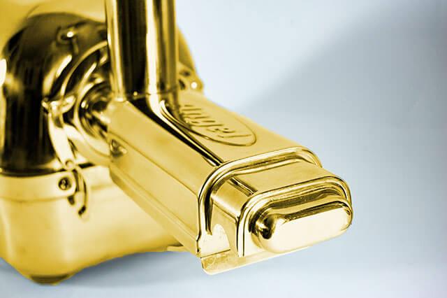 Angel Juicer in Gold